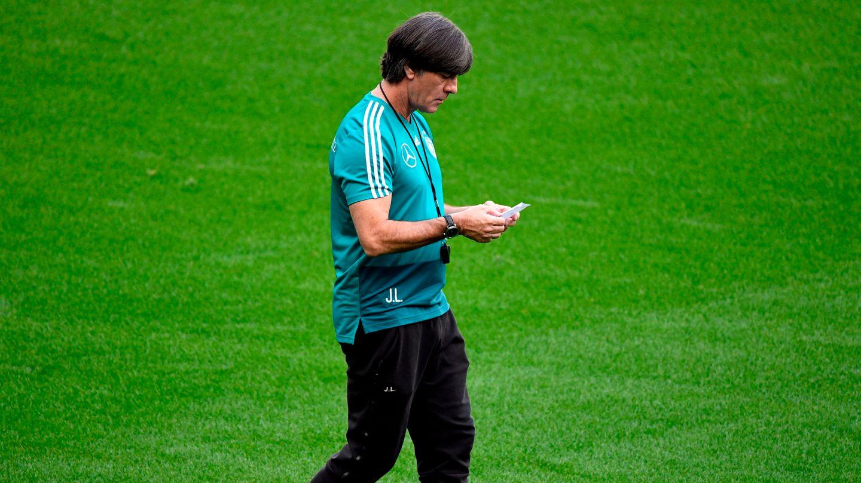 Joachim Löw beim Training im Stade de France