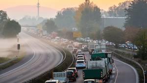Zahl der Toten im Straßenverkehr sinkt auf Rekordtief