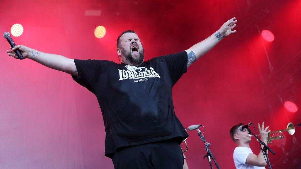 """Der Sänger der deutschen Punkband """"Feine Sahne Fischfilet"""", Jan """"Monchi"""" Gorkow"""