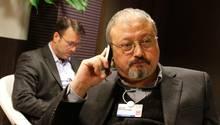 Der saudische JournalistJamal Khashoggi beim Weltwirtschaftsforum in Davis 2011. Er lebte seit etwa einem Jahr in den USA und wurde in der Botschaft seines Heimatlandes Saudi-Arabien in Istanbulgetötet.