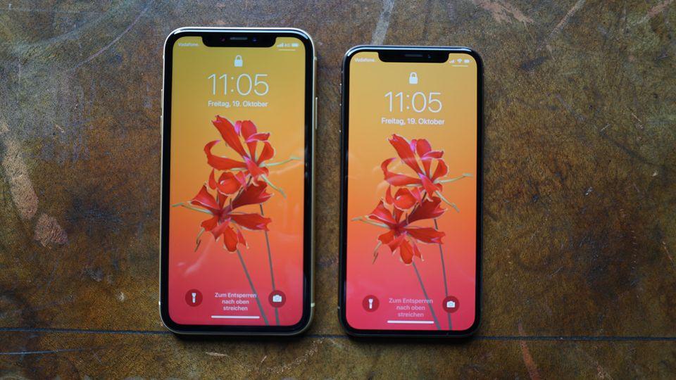 Links das iPhone XR (6,1 Zoll), rechts das iPhone XS (5,8 Zoll).