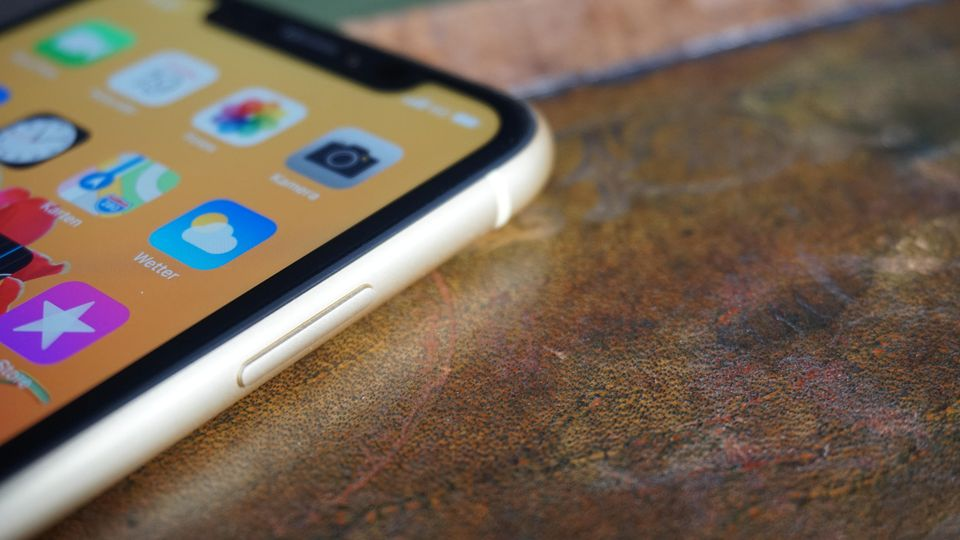 Das iPhone XR hat einen Aluminiumrahmen.