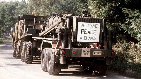 Pershing-II-Raketen werden gemäß dem INF-Vertrag zwischen den USA und der UdSSR aus Waldheide abtransportiert