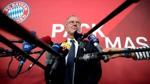 FCB-Boss Karl-Heinz Rummenigge hat seine Wut-PK vom Freitag nach demWochenende verteidigt