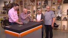 """""""Bares für Rares"""" mit Experte Detlev Kümmel (l.) und Horst Lichter"""