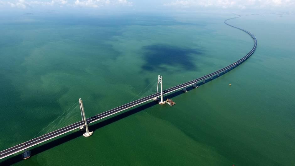 Gigantisches Verkehrsprojekt: China eröffnet die längste Brücke der Welt – auch die Kosten sind kolossal