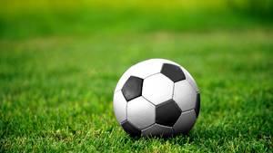 Nachrichten aus Deutschland: Foul bei Fußballspiel Essen
