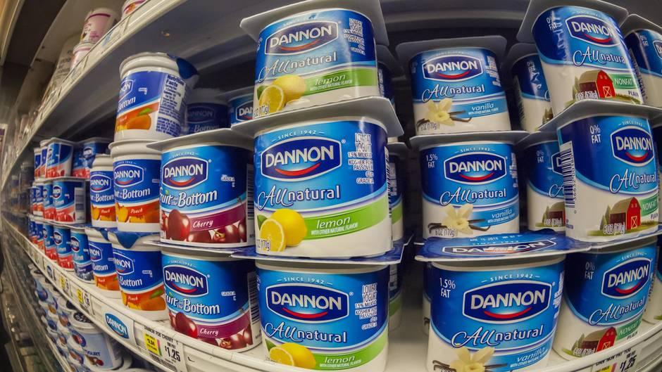 Danone Joghurt im Supermarkt