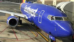 Eine Boeing 737 der Southwest Airlines am Gate