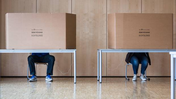 Landtagswahl in Hessen/Hessenwahl: ein Wahllokal in Frankfurt am Main
