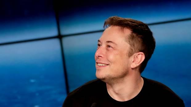 """Elon Musk schwärmt: Es sei ein""""wahrhaftig historisches Quartal"""" für Tesla gewesen."""