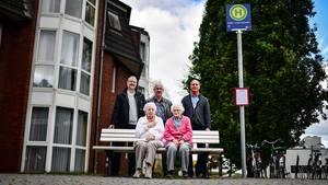 Schein-Bushaltestelle für Demenzkranke in Duisburg