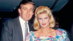 "Donald Trumps Ex-Frau Ivana als Agentin im Roman ""Codename Eisvogel"""