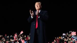 Pressestimmen: Donald Trump und die Briefbomben-Serie