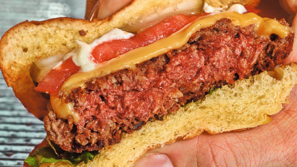 """Der """"Impossible Burger"""" sieht echt aus, ist er aber nicht"""
