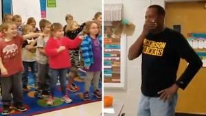Kindergartengruppe singt in Gebärdensprache