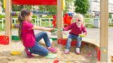 Kinder müssen Streiten lernen  Auch bei Konflikten oder Auseinandersetzungen mit Freunden sollten Sie nicht gleich einschreiten. Kinder müssen lernen, das unter sich zu regeln,Konfliktezu lösen und eigene Interessen durchzusetzen - ohne Gewalt versteht sich.