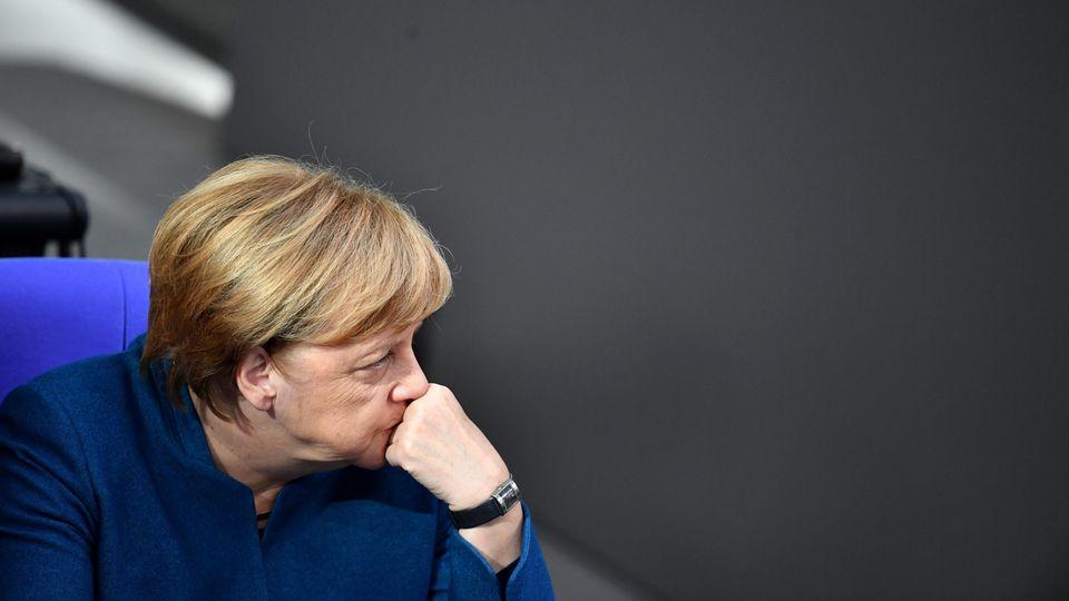 """Bürgerdialog: Merkel auf heikler Mission in Chemnitz: """"Wir haben viel geschafft, wir können stolz sein"""""""