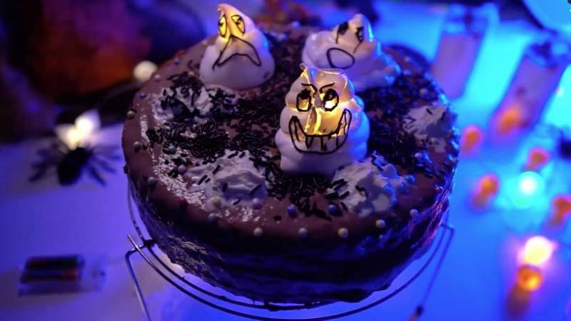 Rezeptidee: So einfach zaubern Sie einen richtig gruseligen Halloween-Kuchen