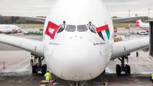 In Hamburg gelandet: Der Airbus A380 von Emirates