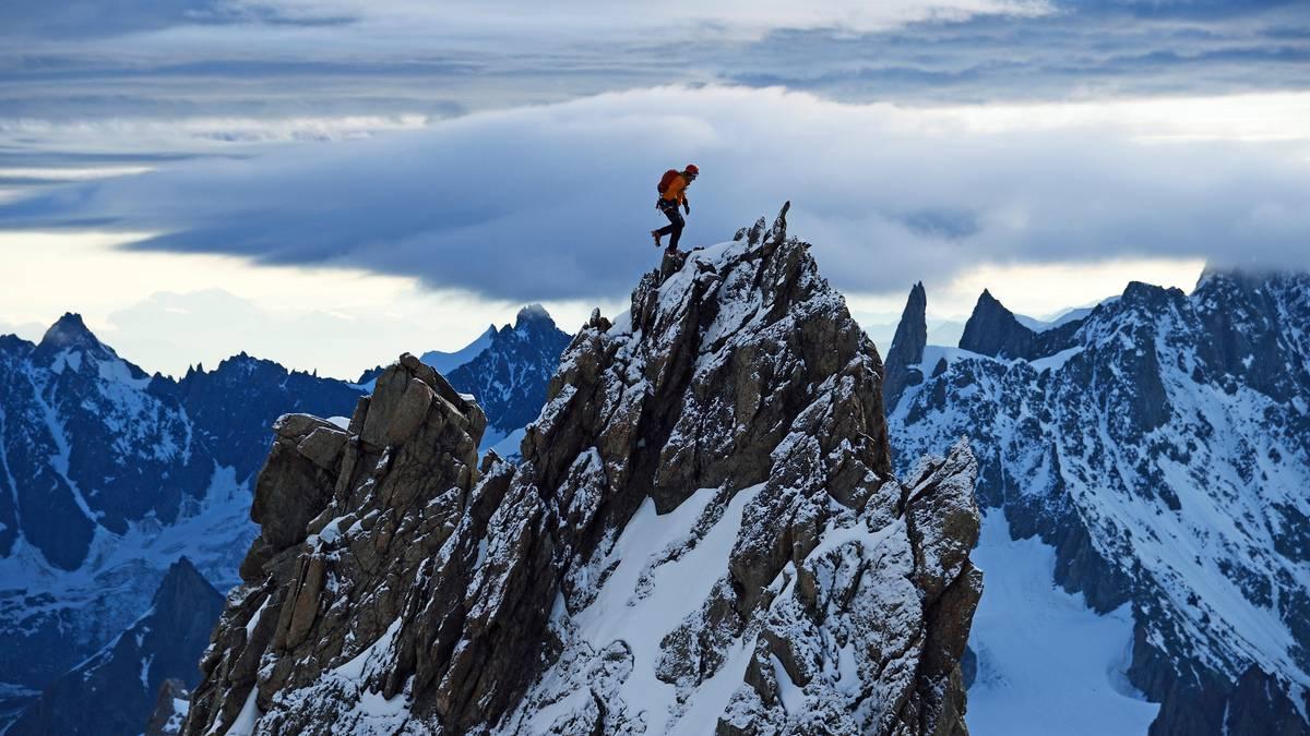 Bergbilder von Robert Bösch : Auf den Gipfel gestiegen - Bilder einer Grenzerfahrung in den Bergen