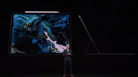 Apple-Chef Tim Cook mit dem neuen iPad Pro