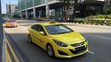 Taxis auf den Straßen von Singapur