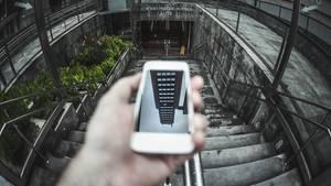 Dein Handy hört wahrscheinlich zu – und du hast keine Ahnung