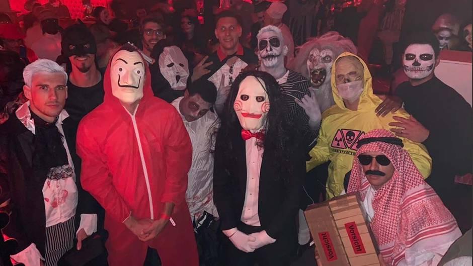 Fc Bayern Munchen Feiert Halloween Party Wer Ist Wer Stern De