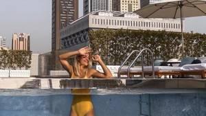 Adrienne Koleszar: Deutschlands Lieblingspolizistin postet knappe Bikini-Bilder und steht dazu