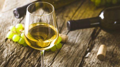 """Urteil von """"Vinum"""": Das sind die besten Weißweine Deutschlands unter 10 Euro"""