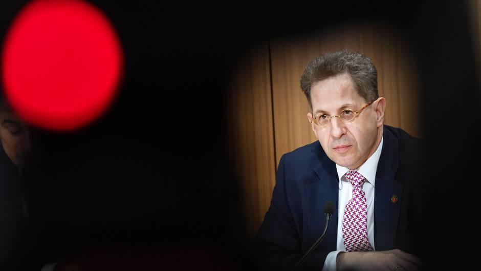 Hans-Georg Maaßen wurde von Horst Seehofer in den einstweiligen Ruhestand versetzt