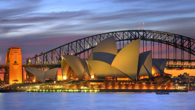 Sehnsuchtsziel Australien: das Opernhaus in Sydney mit der Harbour Bridge