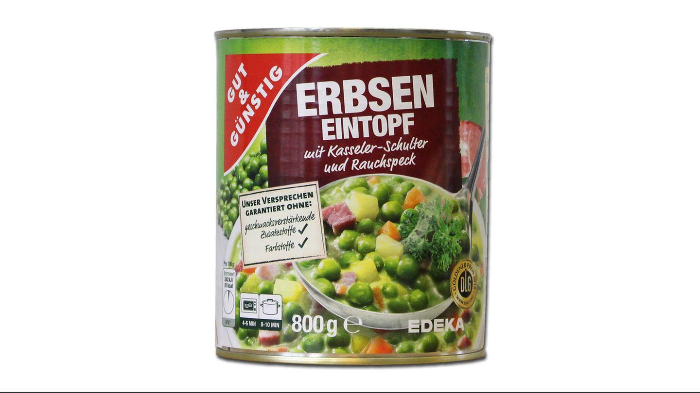"""Platz 5: Erbsen-Eintopf """"Gut & Günstig"""" von Edeka  Der Erbseneintopf von Edekas Eigenmarke wirbt auf der Dose mit dem Slogan """"Garantiert ohne: geschmacksverstärkende Zusatzstoffe und Farbstoffe"""". Damit suggeriere Edeka eine Natürlichkeit, die nicht gegeben sei, kritisiert Foodwatch. Denn tatsächlich sind zehn Zusatzstoffe enthalten. Edeka weist den Vorwurf auf Anfragezurück. """"Die Kennzeichnung des Produktes ist korrekt und keineswegs irreführend."""" Bei den angegebenen Zutaten handle es sich nicht um Geschmacksverstärker oder Farbstoffe, sondern Zutaten, die zur Herstellung von Kasseler und Rauchspeck benötigt würden."""