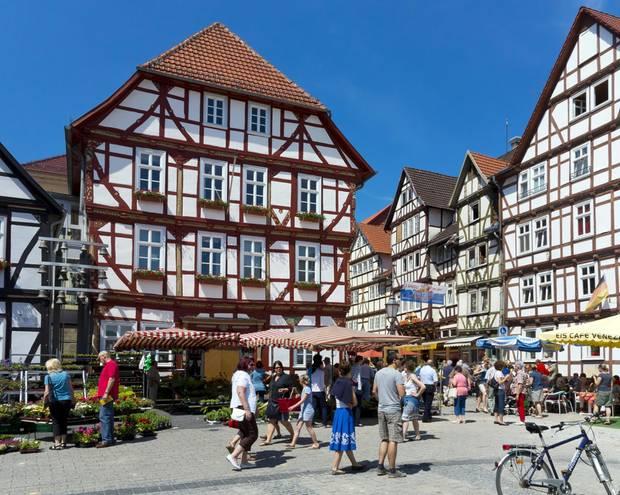 Fachwerkhäuser am Marktplatz vonEschwege im Werra-Meißner-Kreis