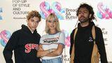 """Bonnie Strange und die Söhne von Boris Becker, Elias und Noah, besuchten im September gemeinsamdie ModemesseBread & Butter in Berlin. Über ihre Zeit als Model sagte die 32-Jährige dem """"Playboy"""": """"Als reines Model, so wie früher, bin ich im Prinzip nur ein erweiterter Kleiderbügel, da fehlt mir der kreative Ansatz."""""""