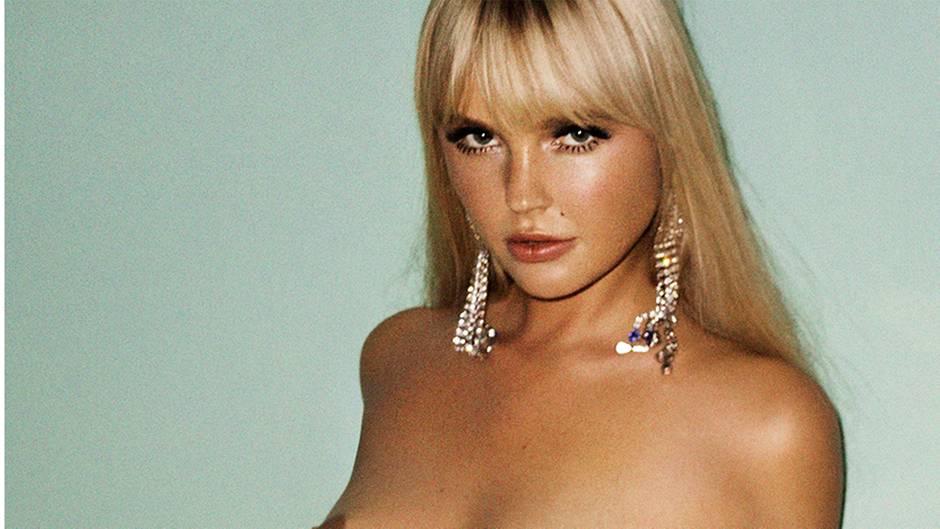 """Männermagazin: Bonnie Strange als """"Playboy""""-Titelgirl: """"Für mich spielt Nacktheit keine große Rolle"""""""