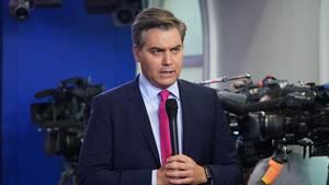"""Das Weiße Haus hat dem CNN-Reporter Jim Acosta die Akkreditierung """"bis auf Weiteres"""" entzogen"""