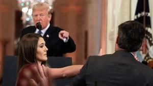 Eklat bei Pressekonferenz: Jim Acosta, Donald Trump und eine angebliche Handgreiflichkeit