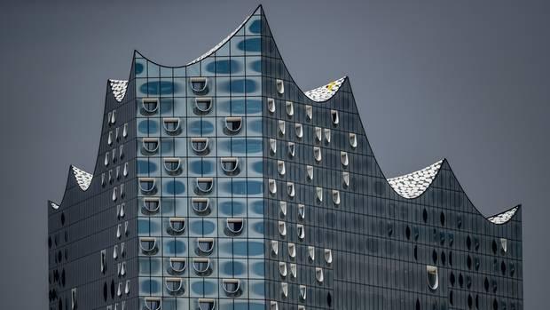 Die weltberühmte Elbphilharmonie in Hamburg - die möchten auch viele Touristen von innen sehen