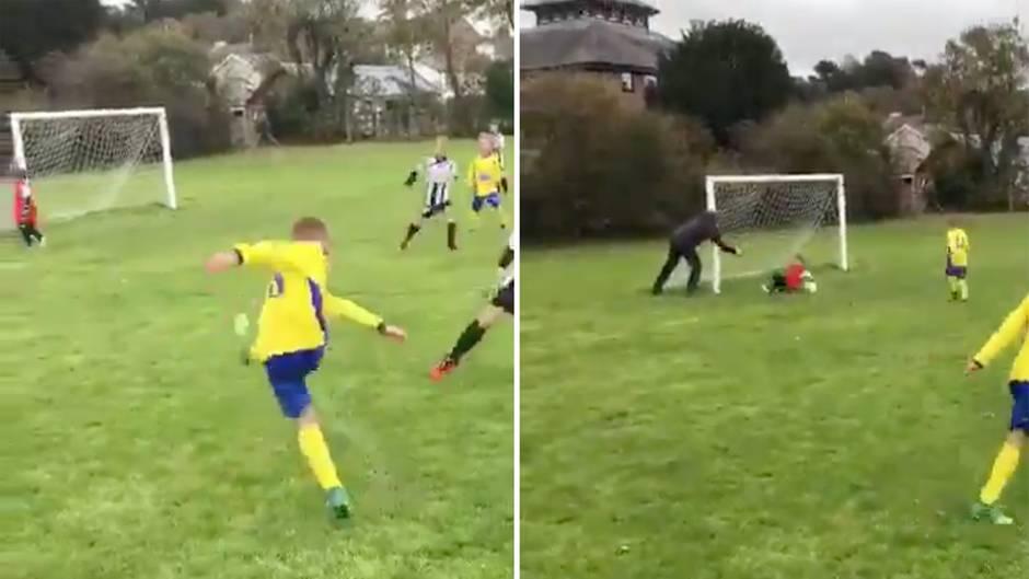 Fußball: Damit kein Tor fällt: Vater schubst Sohn in den Schuss