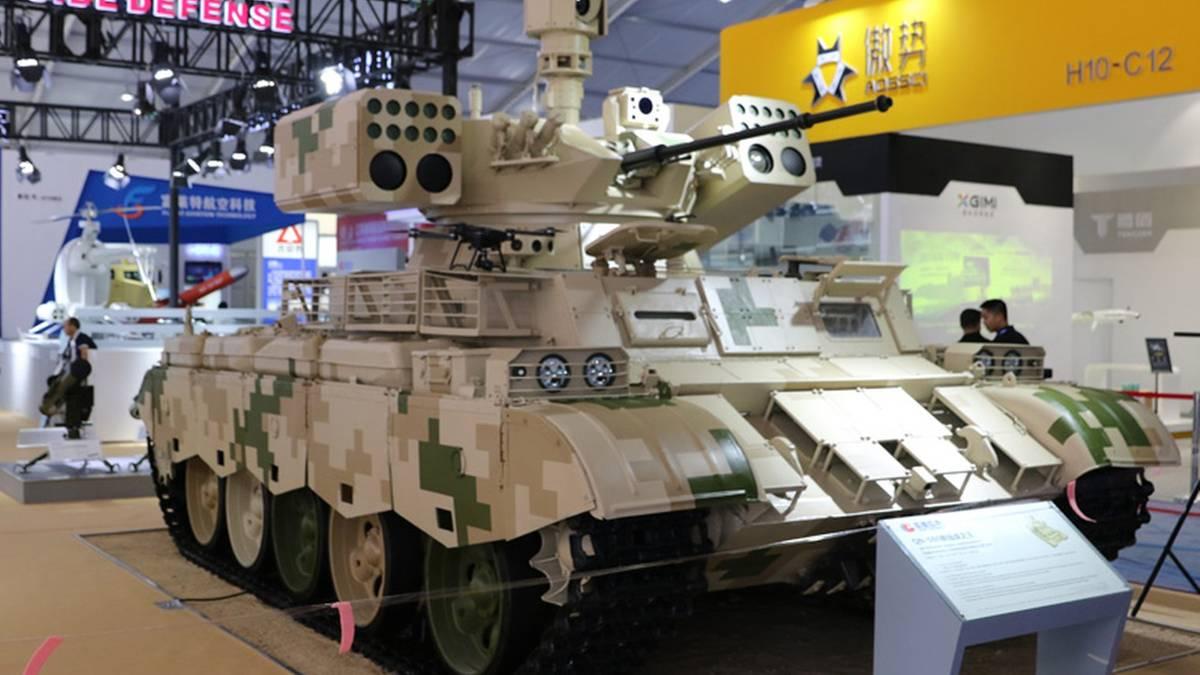 """Rüstungsmesse: China-Panzer QN-506 ist der """"Neue König des Krieges"""""""