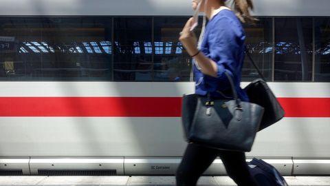 Reisende der Deutschen Bahn