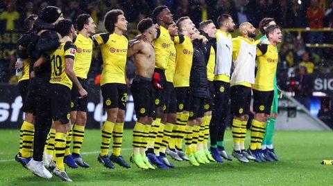 Die BVB-Spieler hatten nach Abpfiff guten Grund zum Feiern