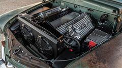 Akkus und Controller wurden so angeordnet, dass sie an einen V8-Motor erinnern.