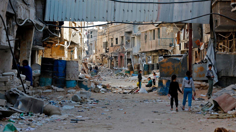 Halbzerstörte Straße in Tadamun im Süden der syrischen Hauptstadt Damaskus