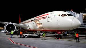 Eine Boeing 787, auch Dreamliner genannt, derdefizitären Air India.Die indische Regierung möchte ihre Anteile an der Airline verkaufen, doch findet sie keinerlei Käufer.