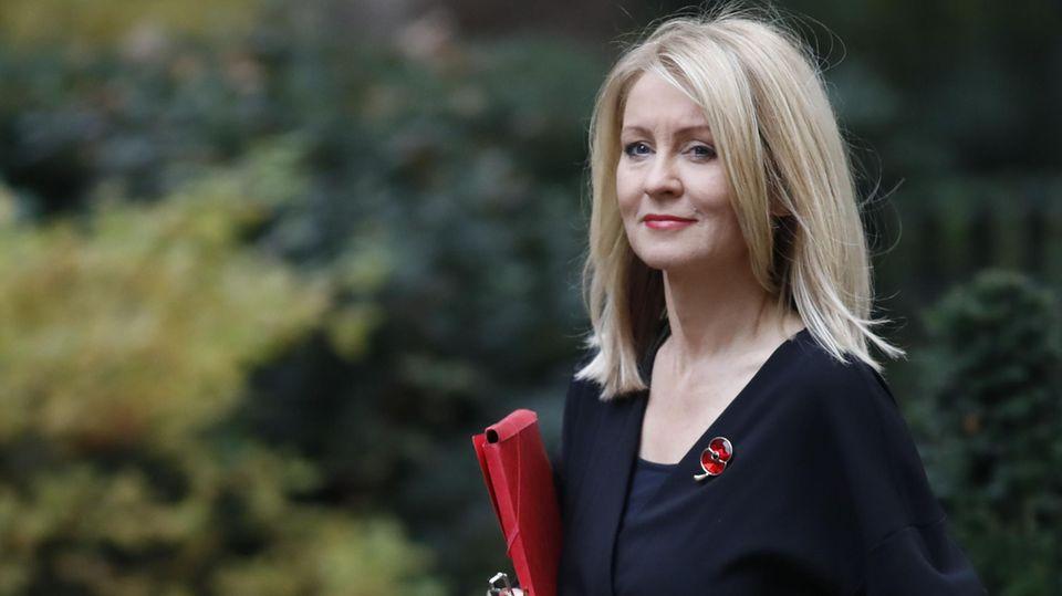 Brexit-Deal: Arbeitsministerin Esther McVey im Kabinett niedergebrüllt