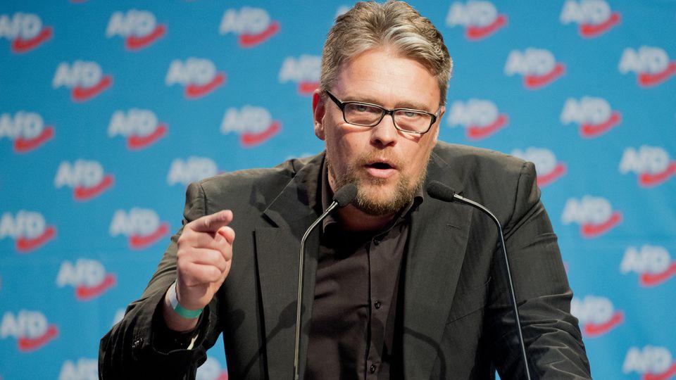 Guido Reil spricht beim Bundesparteitag der Alternative für Deutschland