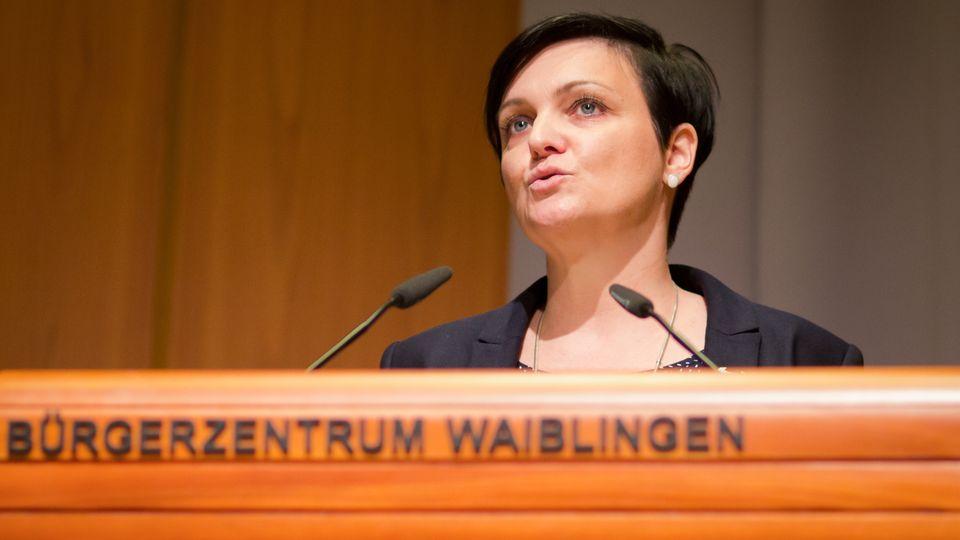 Christiane Christen beimLandesparteitagder AfD im Bürgerzentrum in Waiblingen 2016